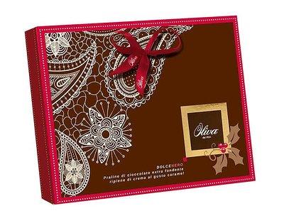 Bild av Chokladask Oliva - Praliner med mörk choklad och kolafyllning