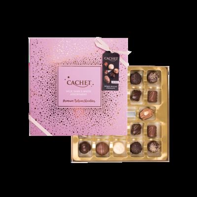 Bild av Rosa Chokladask med skimrande mönster i guld från Cachet