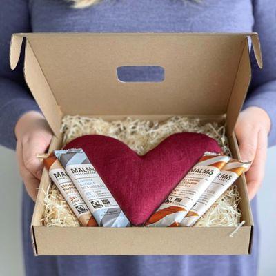 Bild av Presentlåda - Värmehjärta med choklad, Beige