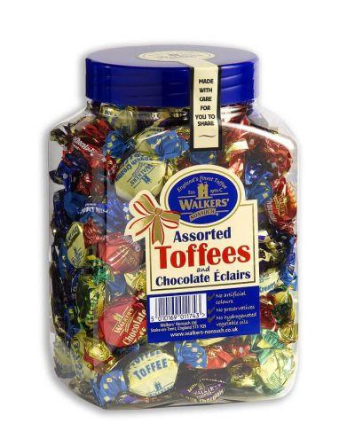 Bild av Walkers Assorted Toffees & Chocolate Eclairs 1.25kg