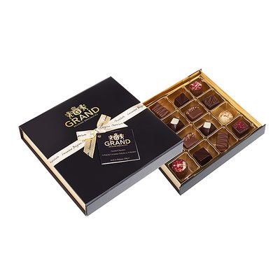 Bild av Belgiska chokladpraliner i svart vacker presentask